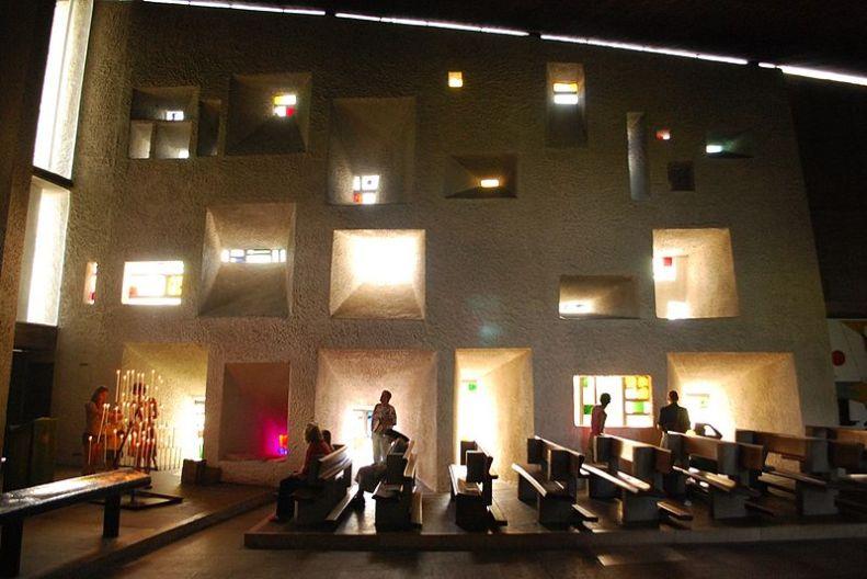 Le Corbusier-Ronchamp